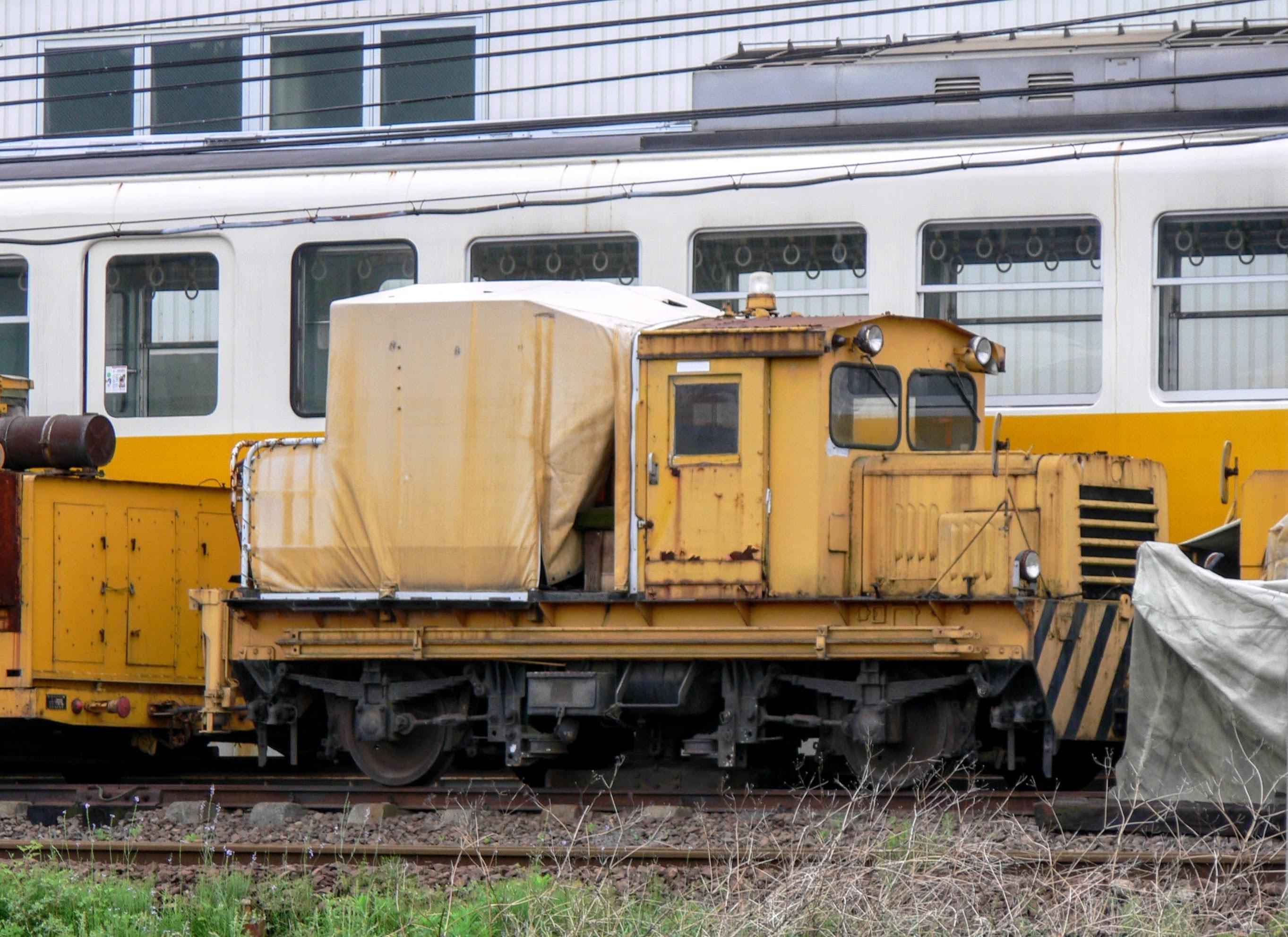 琴電 TMC101B